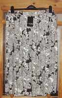 Womens black and white floral skirt in sizes 16, 18,20 and 22 new plus size