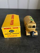 VINTAGE DINKY TOYS 252 REFUSE WAGON, IN BOX