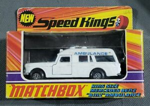 "Matchbox SpeedKings K-26 King Size Mercedes Benz ""Binz"" Ambulance & stretcher"