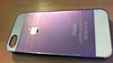 IPHONE 4 CASE PURPLE AND WHITE - HARD BACK - MODEL A1332