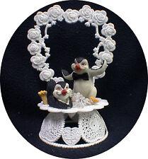 Happy Penguin Kickin Feet Wedding Cake topper funny top nature Animal Heart ICE