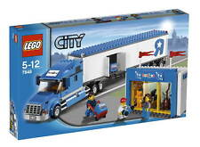 *BRAND NEW* LEGO City Toys R Us Truck 7848