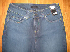 NWT NEW YORK AND COMPANY WOMEN'S JEAN CAPRIS SIZE 6