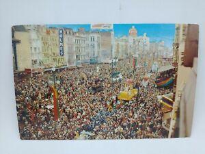 Vintage 1971 Mardi Gras Day New Orleans Louisiana Postcard Sea Of People Parade