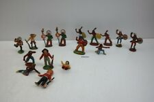 DDR 16 Figuren Weichgummi INDIANER u. Cowboy   Konvolut #206222