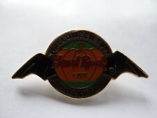 HARD ROCK CAFE PIN/BUTTON  OSAKA HALLOWEEN 1997