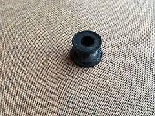 GENUINE DUCATI 600 / 750 / 900 MONSTER FOOT PEG MOUNTING GROMMETS / RUBBER