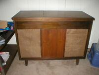 Madison Fielding Stereophonic HiFi Console 360
