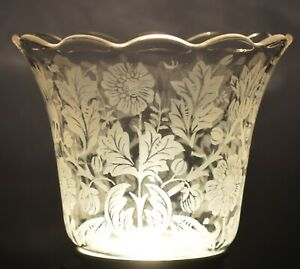 VINTAGE ETCHED LAMP SHADE GLOBE SUNFLOWERS 2 1/4 INCH FITTER