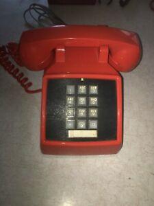 ITT PHONE PUSH BUTTON DESK PHONE ORANGE VINTAGE WORKS NICE CONDITION w Line Cord