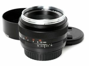 Carl Zeiss Planar T 50mm F1.4 ZE Standard Lens for Canon EF from Japan F/S