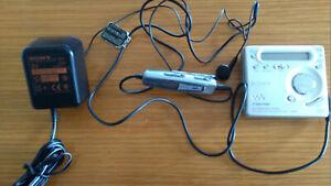 SONY PORTABLE MINIDISC RECORDER MZ-G755