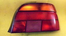 BMW E39 / 5er Rückleuchte Rücklicht RECHTS 8358032 HELLA mit Lampenträger