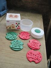 New in Box chef'n XL Christmas Cookie Stamps(5-Plastic) + Storage Container