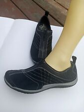 Womens merrell shoes size 8.5 black