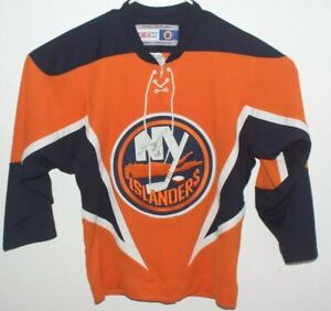 Islanders Hockey Jersey Signed CMM Size Small