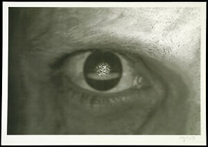 """Watching you..."", 1998. Offset-Grafik von Ulf FREYHOFF (*1964 D), handsigniert"
