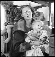Masters of Photography: Mother and Babies on Road: Dorothea Lange: Digital Photo