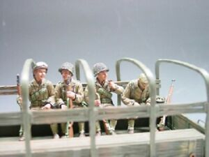 King & Country D-Day WWII DD040 TRUCK PASSENGERS 4 SITTING GI'S RETIRED DD40