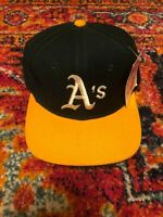 Vintage Sports Specialties Oakland A's MLB Baseball Fitted Hat Cap Size 7 1/8