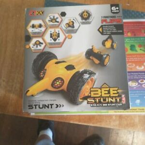 bee stunt car 7 function flips