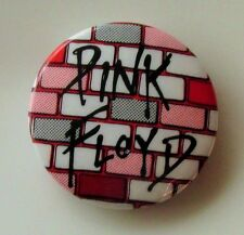 PINK FLOYD THE WALL OLD METAL BUTTON BADGE FROM THE 1980's COMFORTABLY NUMB
