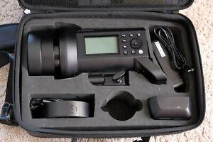 Portable Godox AD400Pro 400W 2.4G TTL HSS Li-ion Studio Outdoor Camera Flash