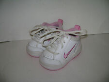 NIKE INFANT BABY GIRLS SNEAKERS SHOES Size 2 CW / 2C W PINK WHITE VERY CUTE