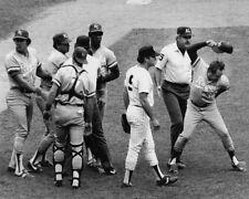 Kansas City Royals GEORGE BRETT Pine Tar Incident Glossy 8x10 Photo Print Poster