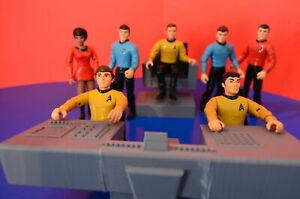 Playmates Star Trek Bridge Set: Captain's chair, helm and 2 chairs 3D models!