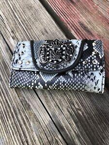 kathy van zeeland wallet