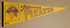Pittsburgh Pirates Logo in Poster 1970's Vintage Baseball Team Pennant