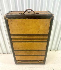 Hartmann Tourobe Gibraltarized Vintage Antique Cushion Top Trunk Steamer Luggage