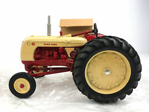 ERTL Black Hawk 40 Diecast Tractor 1/16 National Toy Farm Museum 2 Color 1986