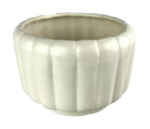 Vintage USA California Pottery C4 Off-White Ribbed Planter Clean Design 1960s