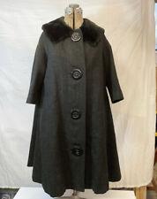 Vintage wool coat swing body, Faux Fur Collar, 3/4 Length Sleeves Long And Full
