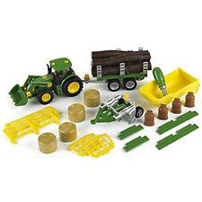 Klein John Deere Traktor mit 5 Anhänger und Pflug Bau- und Konstruktionsspielz