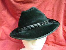 bayrischer Trachtenhut klassischer Dreherhut grün Velourhut zur Lederhose