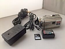 Sony HDR-PJ200E AVCHD Videocamera HD Proiettore & 32 GB scheda SD