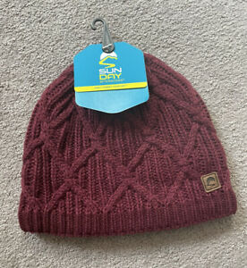 NWT Sunday Afternoons Women's Knit Aurora Beanie - Mixed Purple - One Size