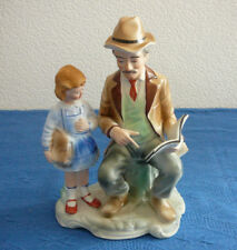 Porzellan Figur Arpo Mann lesend und Kind , Figur Arpo