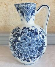 pichet aiguière faience Delft signée ceramic pitcher Pays Bas 19ème