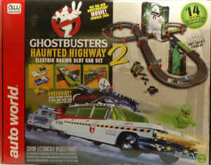 Modellauto Auto World Ghostbusters Haunted Highway Spur Slot Film