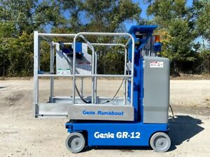 2012 GENIE GR-12 RUNABOUT PERSONAL MANLIFT VERTICAL LIFT MANLIFT GENIE SCISSOR