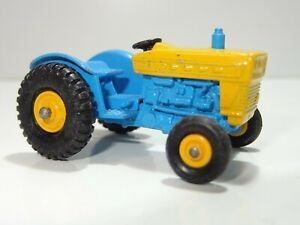 matchbox 30 FORD TRACTOR