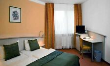 4 Tage Hamburg modernes City Hotel Zimmer neu gestaltet ÜF nahe Zentrum Garage