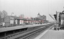 PHOTO  SR LEATHERHEAD RAILWAY STATION VIEW IN 1968