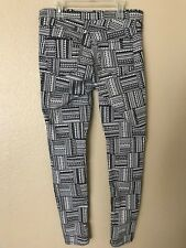 H&M Women's Pants Legging Jeggings Trousers Size 8 Black White Geo Print Stretch