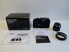 MINT / Voigtlander Bessa R4M + Nokton Classic 35mm F1.4 Lens + Voigtlander LH-6