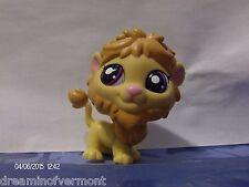 Littlest Pet Shop Tan and Caramel Lion with Dark Purple Eyes